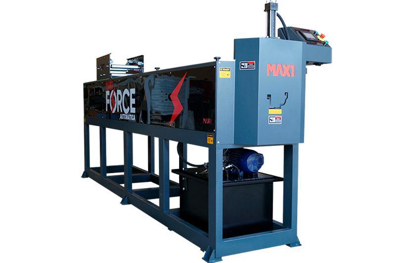 Máquina para fabricação de calhas